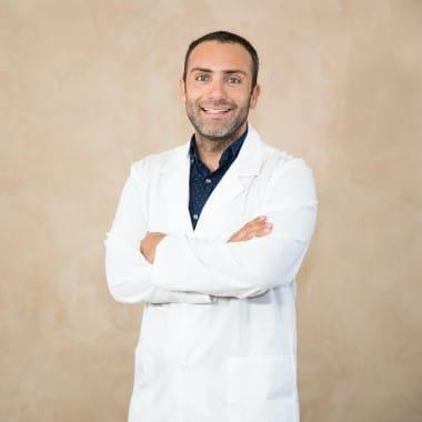 Dr. Mauricio Briceño, DDS